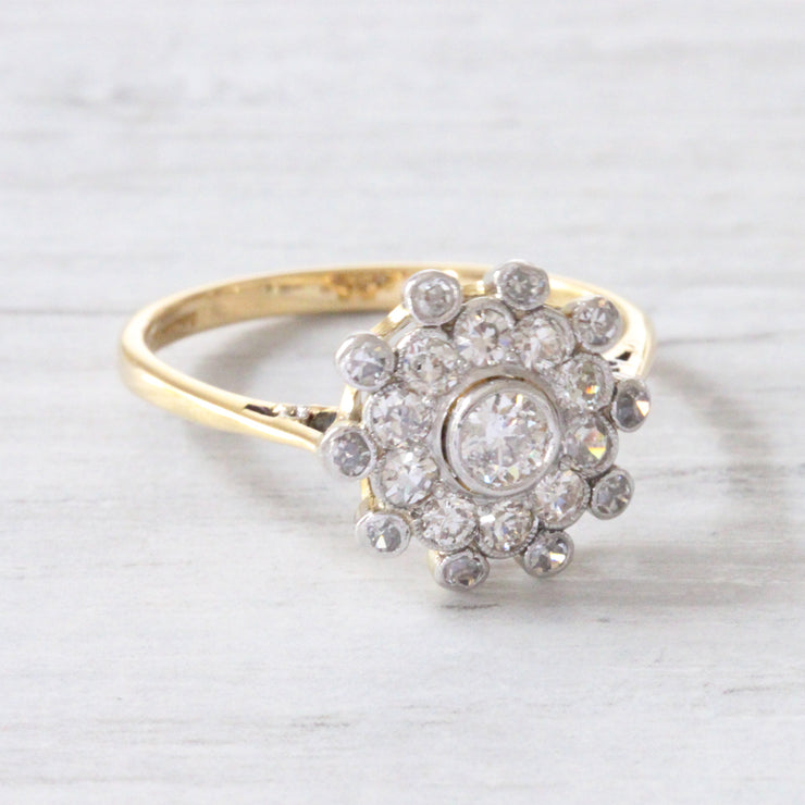 Edwardian 0.80 Carat Old Cut Diamond Daisy Cluster
