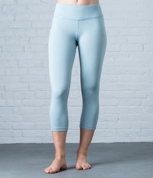 Lightweight Capri Tight, color-cloud-blue-heather