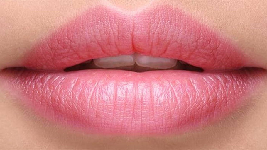 Beauty Tip - Exfoliate your lips!