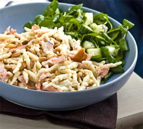 10 Minute Pasta Dish Hot-smoked salmon with creamy pasta & pine nuts