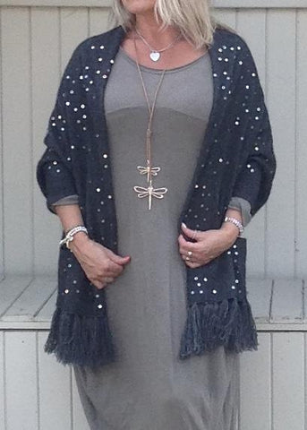https://www.feathersofitaly.co.uk/products/luxury-cashmere-sequined-wrap-in-slate-grey