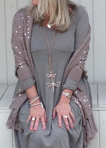 https://www.feathersofitaly.co.uk/products/copy-of-luxury-cashmere-sequined-wrap-in-slate-grey