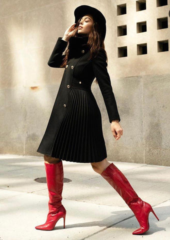 https://www.feathersofitaly.co.uk/collections/vip-offers/products/rinascimento-cappotto-pleated-3-4-length-coat-in-black