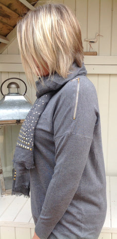 Studded Scarf in Washed Grey - Feathers Of Italy