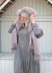 Lambswool Cape with Fur Trim Hood in Dusky Pink - Feathers Of Italy - Feathers Of Italy
