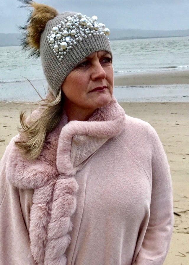 Pearls and Diamonds Knitted Real Fur Bobble Hat in Mocha - Feathers Of Italy
