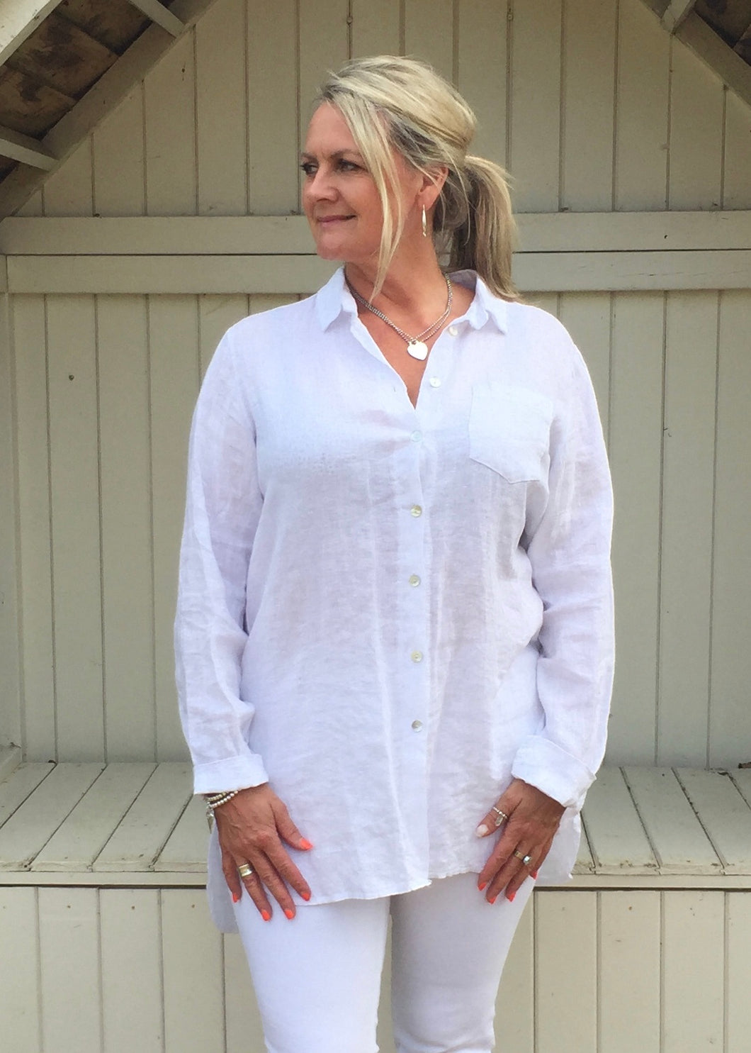 Linen Shirt in White - Feathers Of Italy