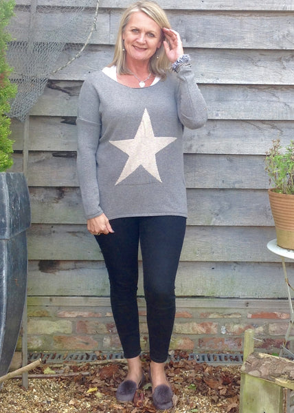 Star Knit Jumper In Grey - Feathers Of Italy