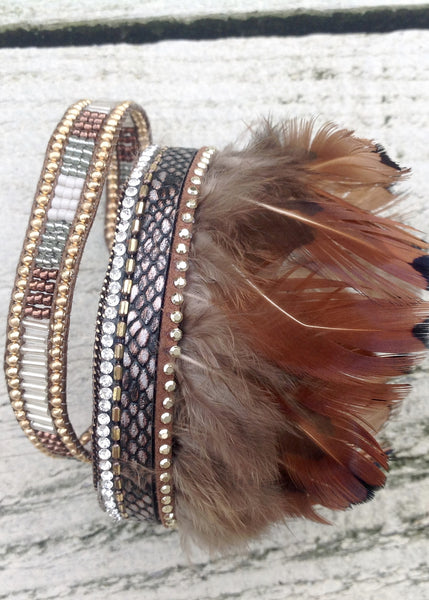 Fermignano Feather and Bead Bracelet in Grey - Feathers Of Italy