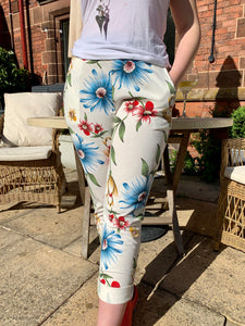 Florence One Size Vintage Look Floral Joggers - Feathers Of Italy