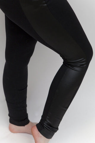 Slimming Leggings in Black - Feathers Of Italy
