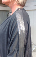 Load image into Gallery viewer, Boa Silk Top in Slate - Feathers Of Italy