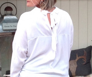 Bow Neck Shirt in White - Feathers Of Italy