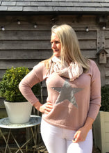 Load image into Gallery viewer, Star Fine Knit Jumper In Pink With Silver Heart Made In Italy by Feathers Of Italy - Feathers Of Italy