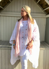 Load image into Gallery viewer, Caglio Linen Scarf in Baby Pink Made In Italy By Feathers Of Italy One Size - Feathers Of Italy