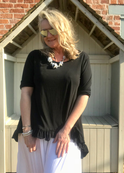 Frill Bottomed T Shirt Top 100% Cotton in Black Made In Italy By Feathers Of Italy One Size - Feathers Of Italy