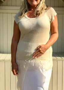 Romo Fine Knit Short Sleaved Top in Vanilla Made In Italy One Size - Feathers Of Italy