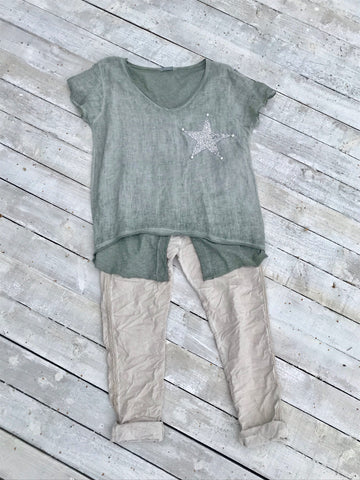 Washed Linen V Neck T Shirt with slit back in Green