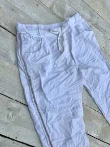 Amazing Woman Crinkle Jeans with Draw String Waist in White With Diamonte Trim One Size - Feathers Of Italy