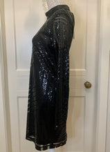 Load image into Gallery viewer, Black Sequined Backless Dress