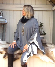Load image into Gallery viewer, Mondial Poncho in Grey - Feathers Of Italy