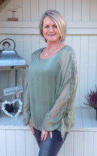 Load image into Gallery viewer, Naples Silk & Sequin Top in Green - Feathers Of Italy