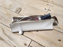Load image into Gallery viewer, Romo Mini Make Up Bag in White - Feathers Of Italy