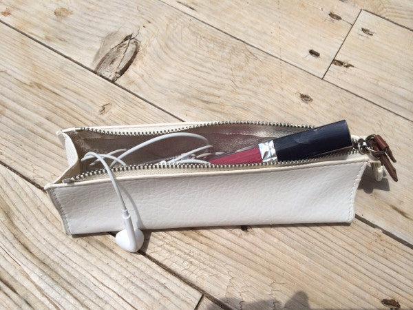 Romo Mini Make Up Bag in White - Feathers Of Italy