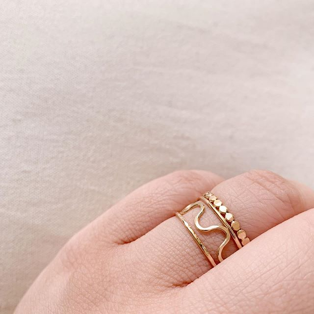 Wiggle Ring in Gold