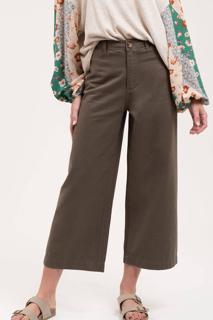 Wide Leg Pants in Olive