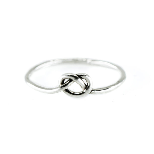 Love Knot Ring in Silver 1