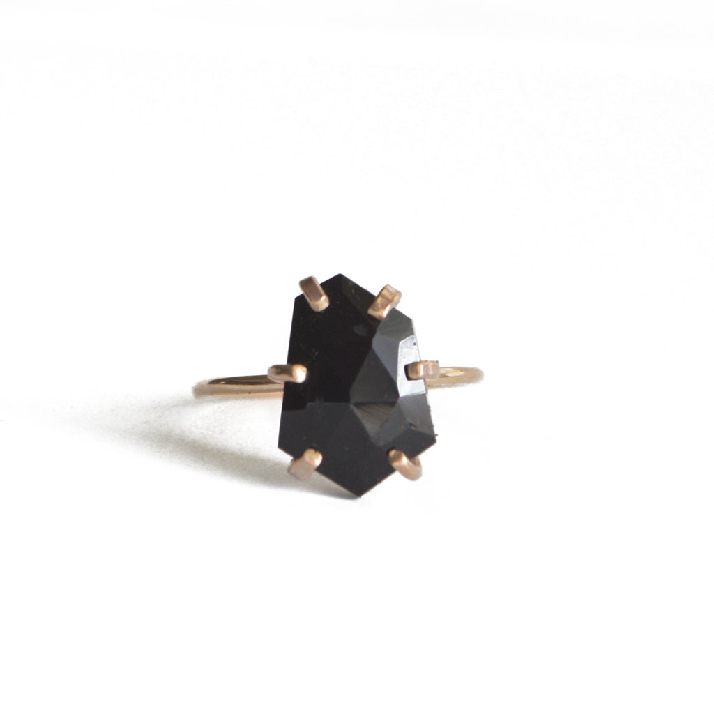 rose cut onyx black stone gemstone birthstone minimalist ring