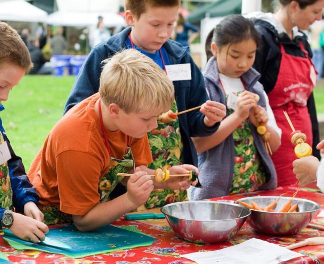 Making Food Fun For Kids at the Farmers Market