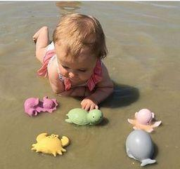 Natural Rubber Octopus Rattle