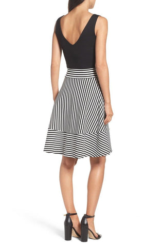 Felicity & Coco Women's Black & Striped Lala Stripe Fit & Flare Dress M NWT