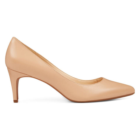 Nine West Women's ERIKA9XO Natural Leather Pointy Toe Pumps