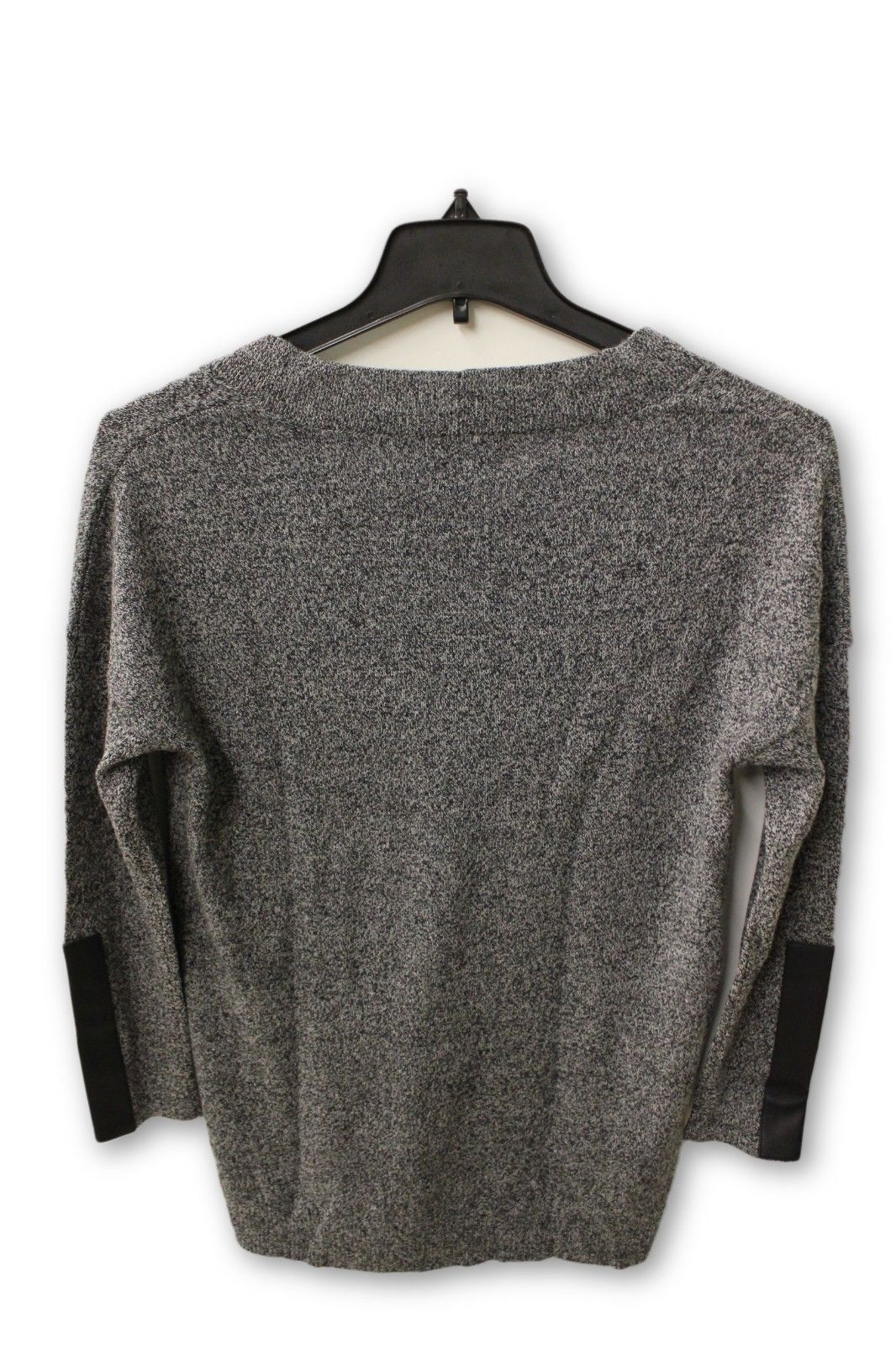 C by Bloomingdale's Women's Cashmere - Gray V Neck Sweater L NWT