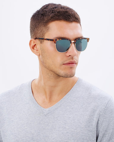 QUAY Australia Men's FLINT TORT / GREEN LENS Sunglasses