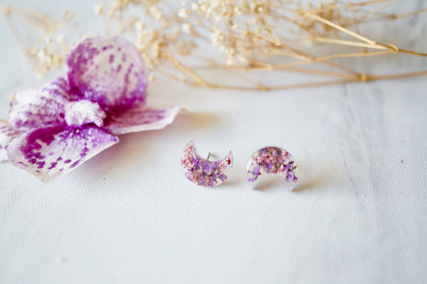 Ann + Joy - Moon in Purples Real Dried Flowers and Resin Stud Earrings