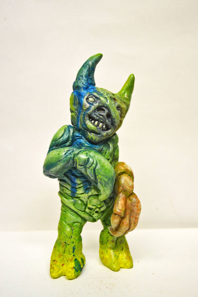 Monstruo Retorcido 5-inch resin statue by Mike NEMO Mendez