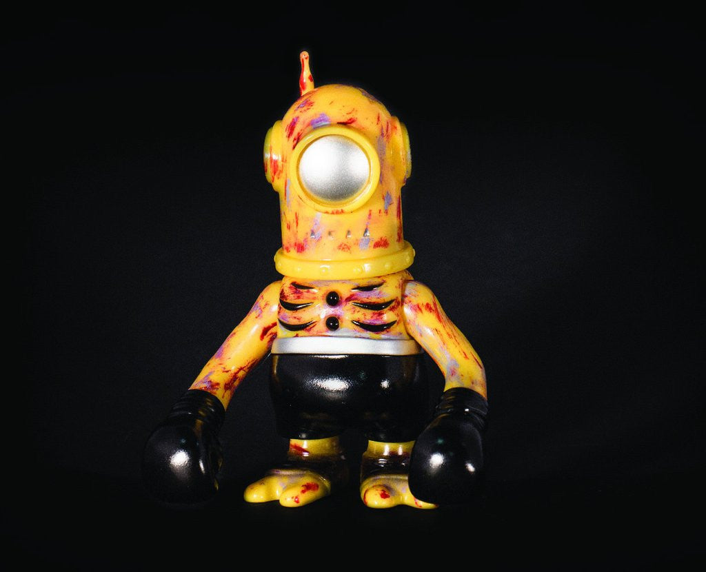 Cyclobot - Rusted Robot 4-inch Vinyl Figure by Super7 x Secret Base - Tenacious Toys®