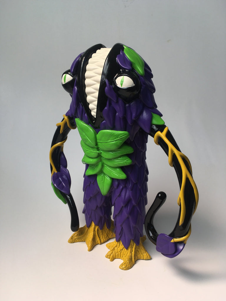 Trash Bag Bunch XL Liceplant Deadly Nightshade Purple 9-inch vinyl figure by Last Resort Toys Last Resort Toys Vinyl Art Toy Tenacious Toys®