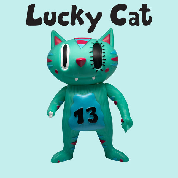 Lucky Cat 8-inch vinyl figure by Vincent Scala Vincent Scala Vinyl Art Toy Tenacious Toys®
