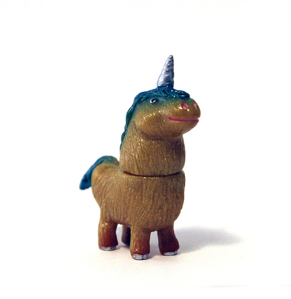 Rampage Toys Shaggy Little Unicorn Gold Sparkle Exclusive Edition 2.25-inch sofubi vinyl figure PREORDER