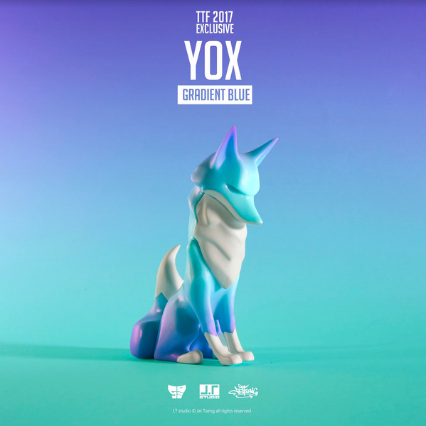 YOX Gradient Blue 11cm sofubi vinyl figure by JT Studio