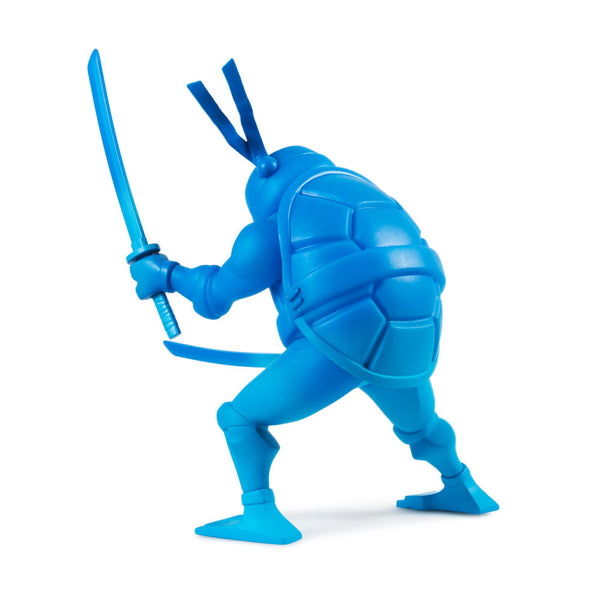 TMNT Leonardo medium vinyl 8-inch Teenage Mutant Ninja Turtles figure by Kidrobot - Tenacious Toys® - 3