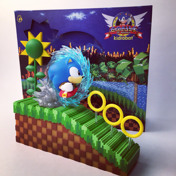 Sonic the Hedgehog Medium Figure by Kidrobot - Tenacious Toys® - 1