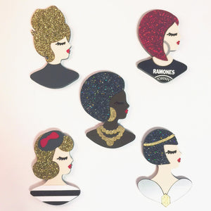 All Profile Dolls Set 1 - brooch set (5)