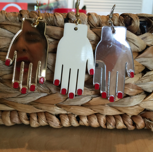 Frida hands earrings