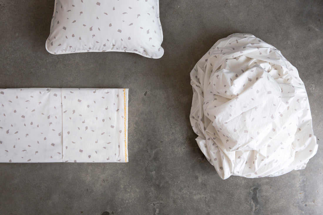 Dove Palm Flat Sheet - Fictional Objects